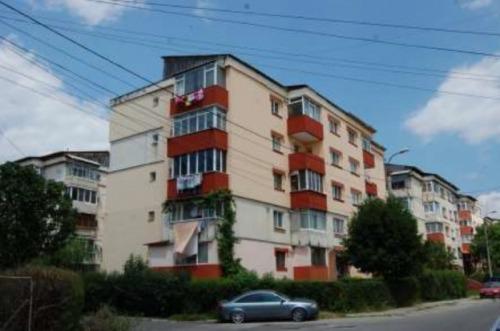 Apartament 3 camere  67.71 mp