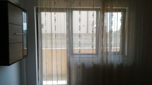 Vand apartament 2 camere in Br